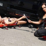 girl-mechanics-500-thewallpaperdb-blogspot-com__-cars-and-girls-59wtmk